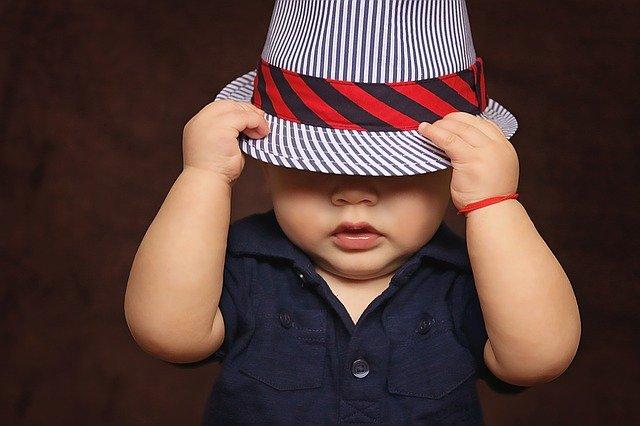 mimčo s kloboukem