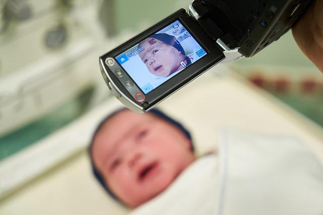 kamera nad mimčem